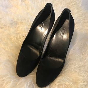 Pre-owned Gucci Black Suede Pumps 6B